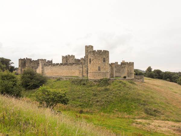 Blick-auf-Alnwick-Castle-Northumberland