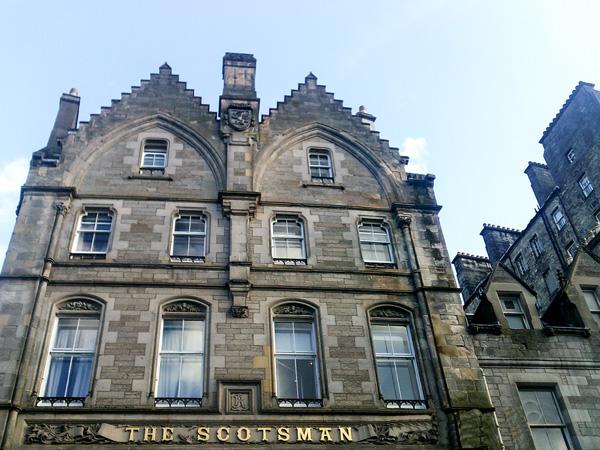 Edinburgh-Scotsman-Schottland-Urlaub